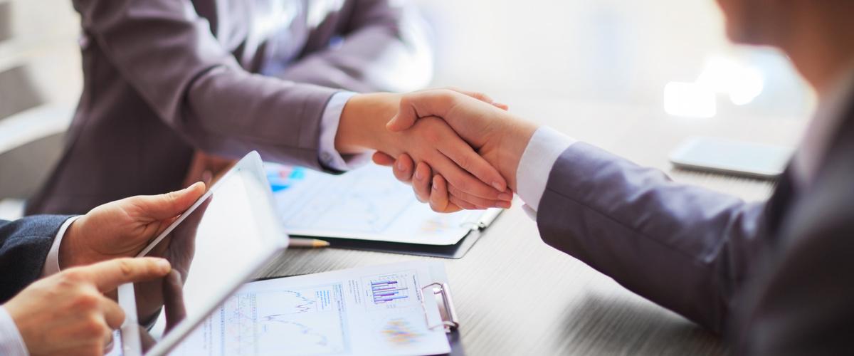 Slideshow handshake2
