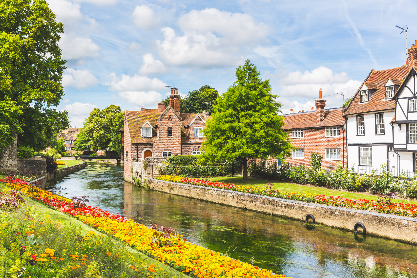 English houses by river