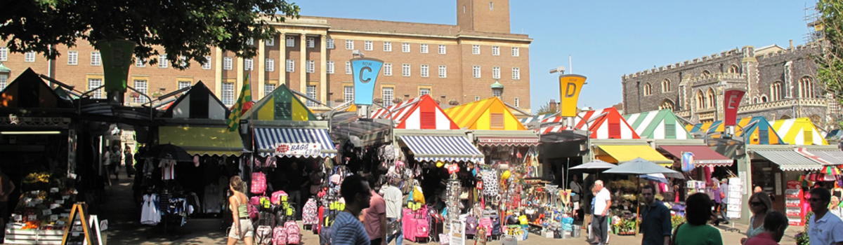 Short banner norwich market from gentlemans walk.jpg 1000