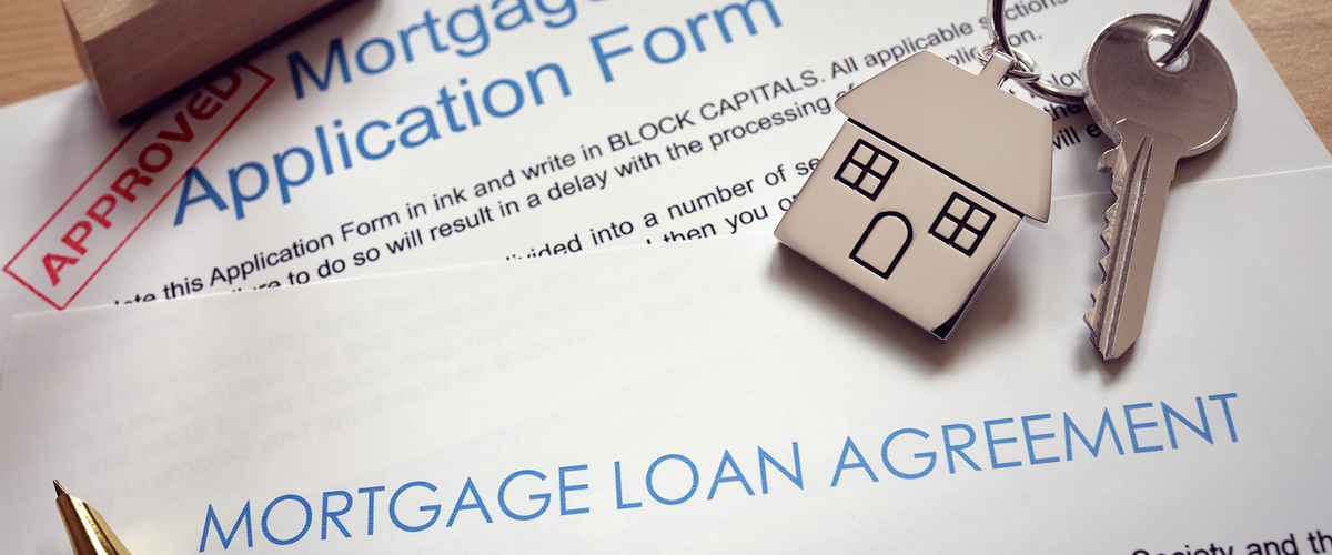 Slideshow mortgage application loan agreement and house key p5atr99