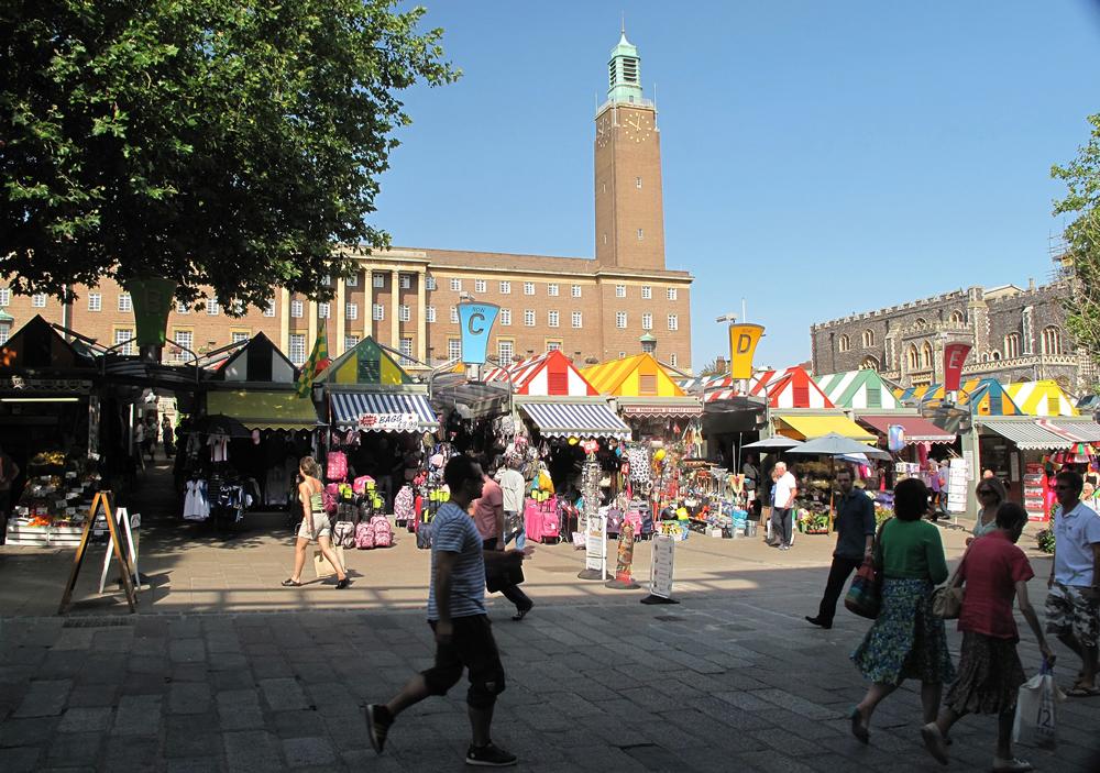 Norwich market from gentlemans walk.jpg 1000
